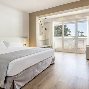 XL double room Hotel Ilunion Islantilla Huelva